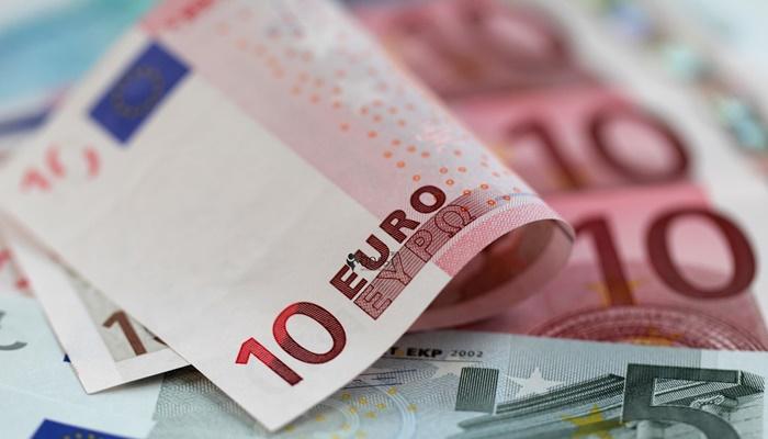 Yurt Dışına Türk Parası veya Efektif Çıkarılması