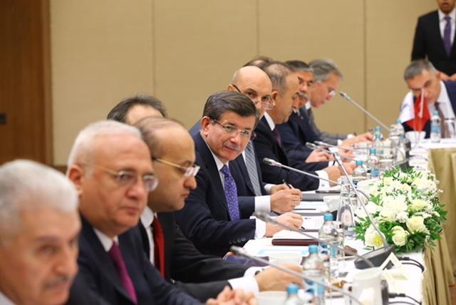 Ukrayna'da Türk İş Adamları İle Davutoğlu Buluşması