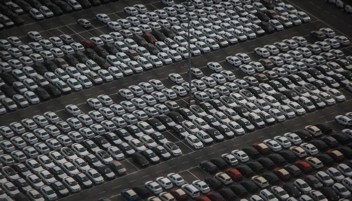 Otomobil ve Hafif Ticari Araç Pazarı Yüzde 5 Azaldı