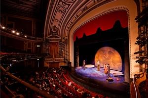 tiyatro-sal