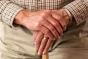 emekli-yasli-eller
